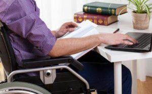 universitarios con discapacidad Pepe Varela Rehatrans