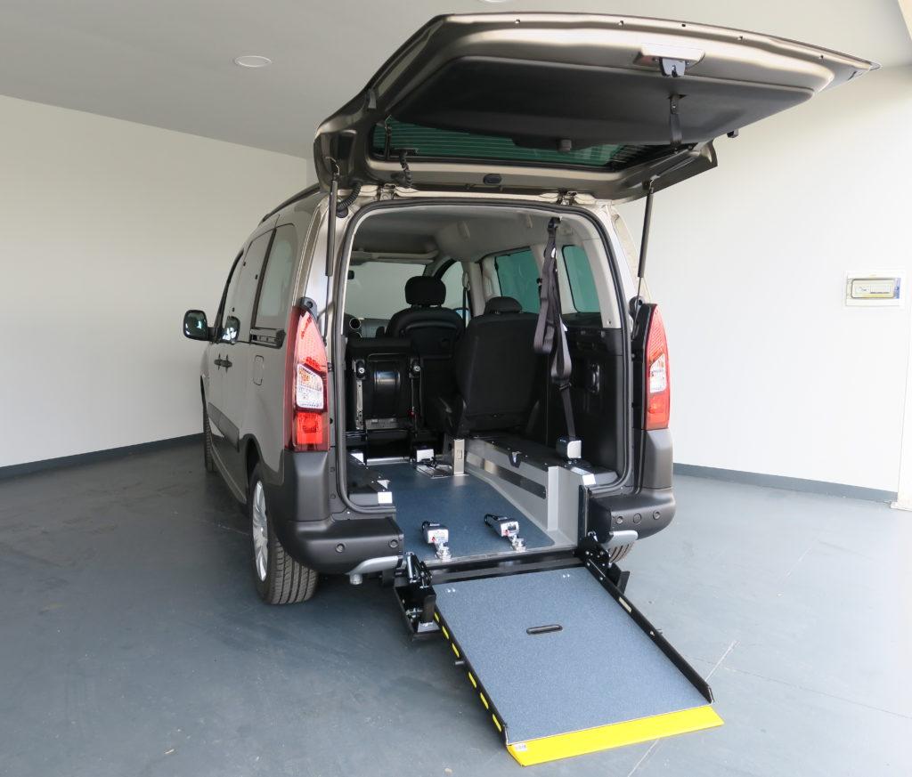 Rehatrans, vehículo adaptado, discapacidad, discapacitado