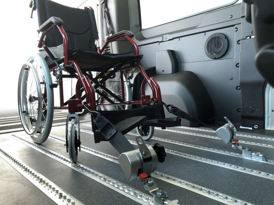 Fijación silla de ruedas
